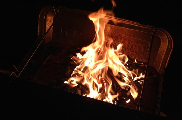 炭_燃える